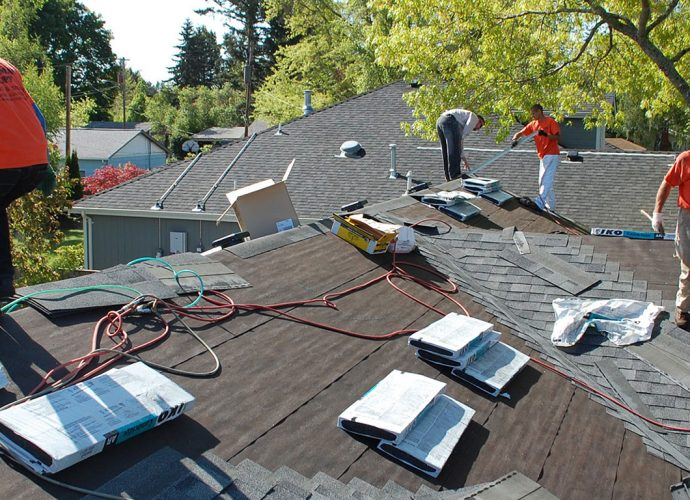7 Benefits From Hiring The Best Roof Restoration Services