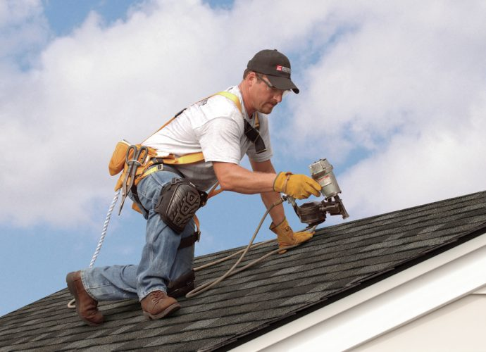 Approach Professional Atlanta Roof Contractors to Get Your Roofing Tasks Done