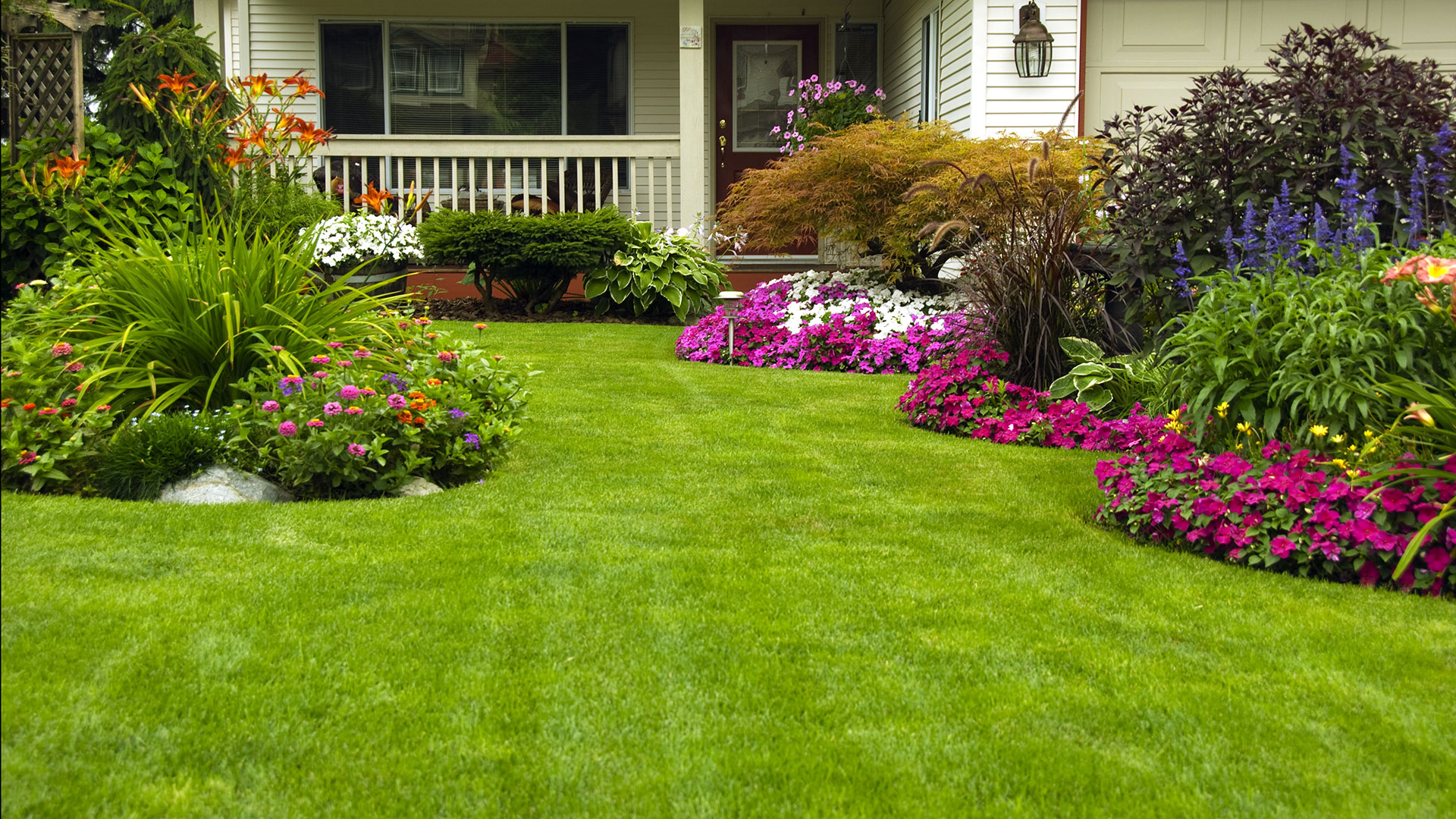 Beautify Your Garden with Garden Edging Ideas