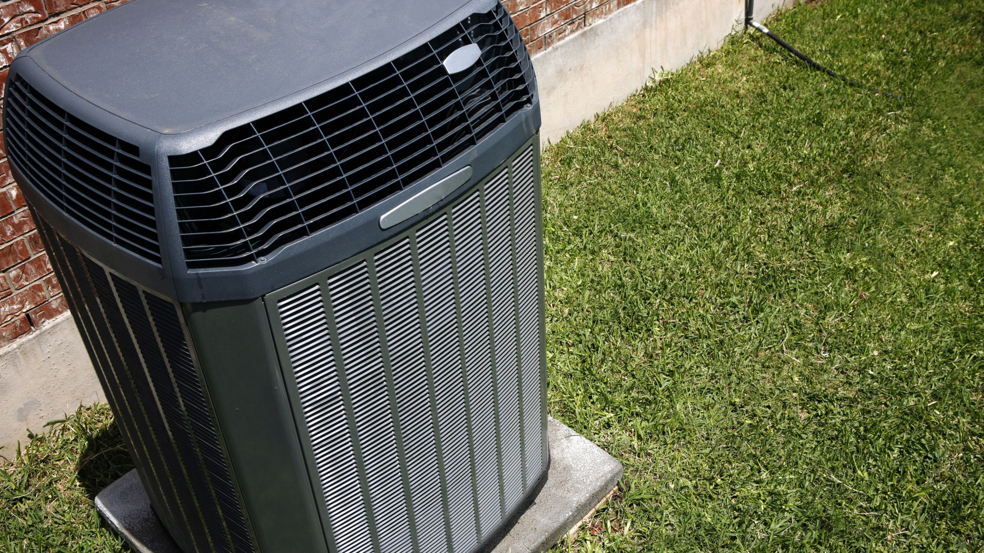 How to Find Air Conditioner Contractors for HVAC Troubleshooting