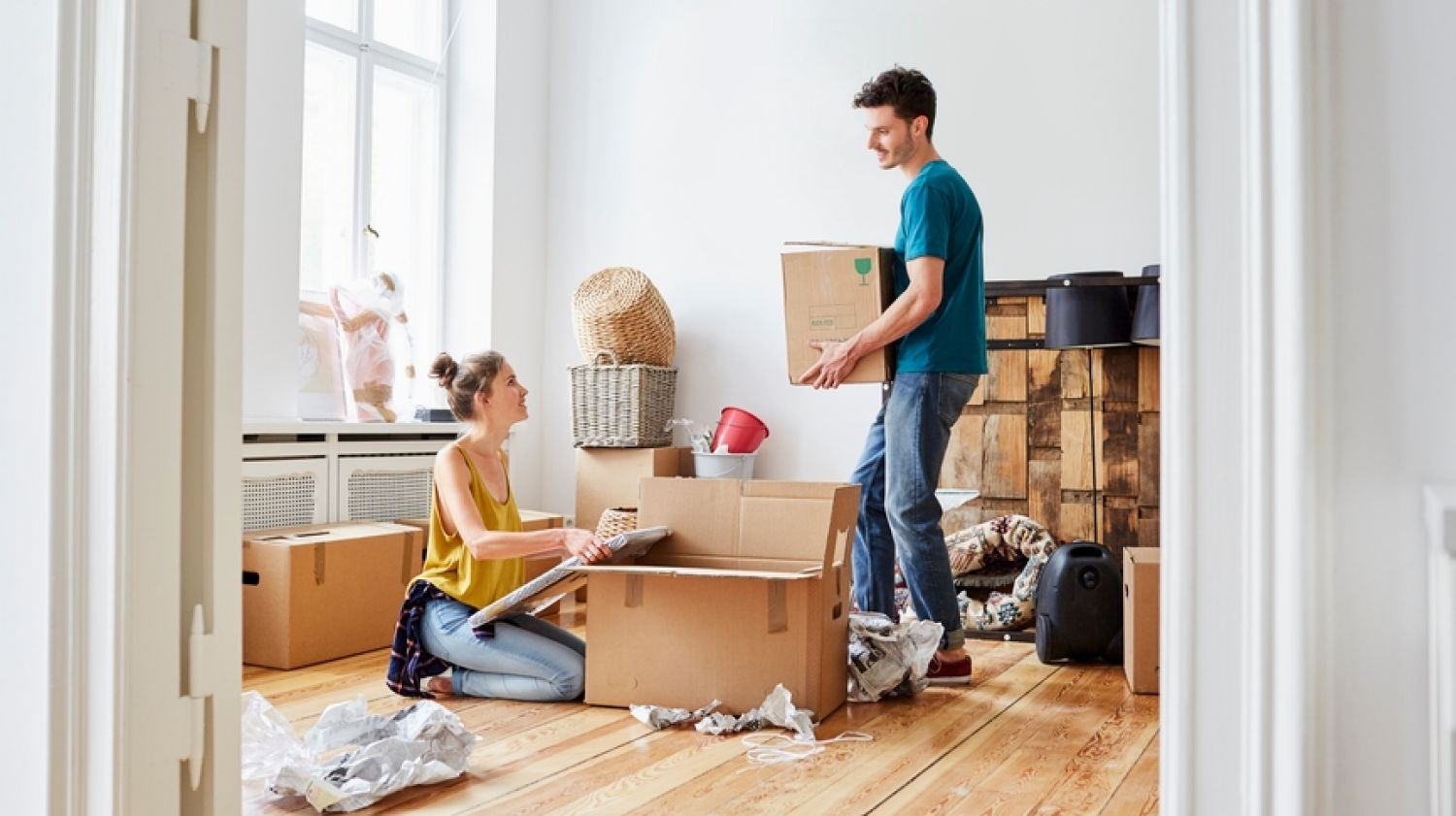 Moving and Storage with Self-Moving and Storage Companies